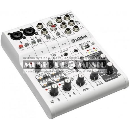 Yamaha AG06 - Table de mixage pour podcast et gamer 2 entrées XLR USB