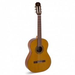 Admira A1 - Guitare classique 4/4 table cèdre massif fabriquée en Espagne