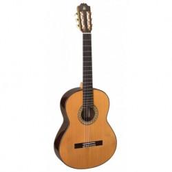 Admira A15 - Guitare classique 4/4 table cèdre massif fabriquée en Espagne