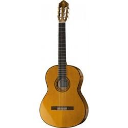 Yamaha C70 - Guitare classique 4/4 naturel