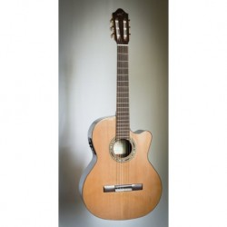 Kremona KREF65CW - Guitare électro classique 4/4 cèdre massif