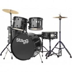 """Stagg TIM122B BK - Batterie acoustique Standard 22"""" noire avec siège et baguettes"""