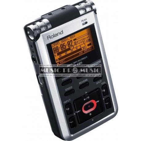 Roland R-05 - Enregistreur portable wav et mp3